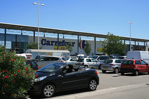 Carrefour (c) flickr.com/photos/jeanlouis_zimmermann/