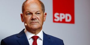 Allemagne: le choix de scholz dope le spd dans l& 39 opinion