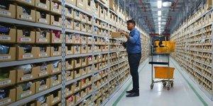 Amazon, e-commerce