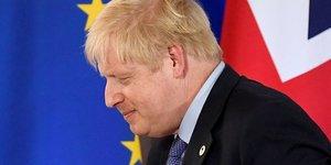 Boris Johnson, premier ministre britannique, quittant une conférence de presse lors du Sommet des leaders de l'UE à Bruxelles, le 17 octobre 2019