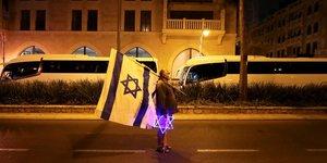 Coronavirus: israel impose un troisieme confinement national