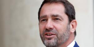 """Demission du gouvernement """"dans la journee"""", annonce castaner"""