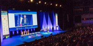 Forum International Lille, H318-p.6,
