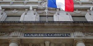 France: la cour des comptes prone une sortie progressive des mesures de soutien covid-19