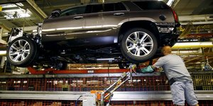GM, General Motors, automobile, usine, assemblage, taxes, importations, Etats-Unis,