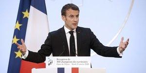 H319 Le 21 janvier, Emmanuel Macron recevait 500 dirigeants d'entreprises de taille intermédiaire à l'Élysée.