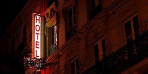 Hotellerie: frequentation mitigee cet ete, en baisse a paris