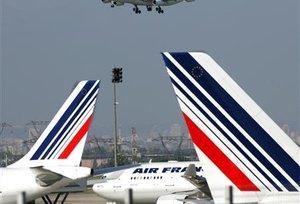 JEAN-CYRIL SPINETTA VOIT ALEXANDRE DE JUNIAC COMME SON SUCCESSEUR CHEZ AIR FRANCE-KLM