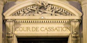 La cour de cassation autorise l& 39 arret des soins de vincent lambert