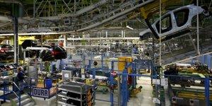 La production industrielle allemande baisse moins que prevu