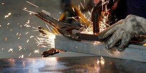 La production industrielle peine a rebondir en juillet