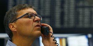 Les bourses europeennes cloturent l'une des pires seances de leur histoire