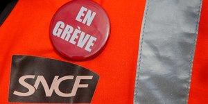 Les syndicats de la sncf gardent la greve pour plus tard