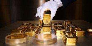 Lingots d'or, pièces en or, métal précieux, valeur refuge