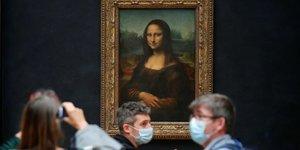 Louvre rouvre au public