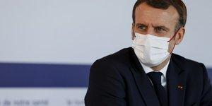Macron annonce une plateforme de signalement des discriminations