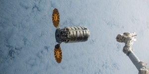 Station spatiale internationale Antares Thales Alenia Space Northrop Grumman