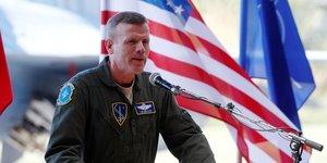Un commandant de l& 39 armee us n& 39 ecarte pas le risque d& 39 invasion russe en ukraine