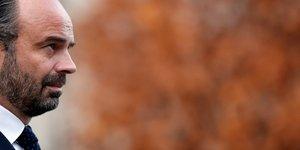 Un gilet jaune coupe court a un entretien avec edouard philippe